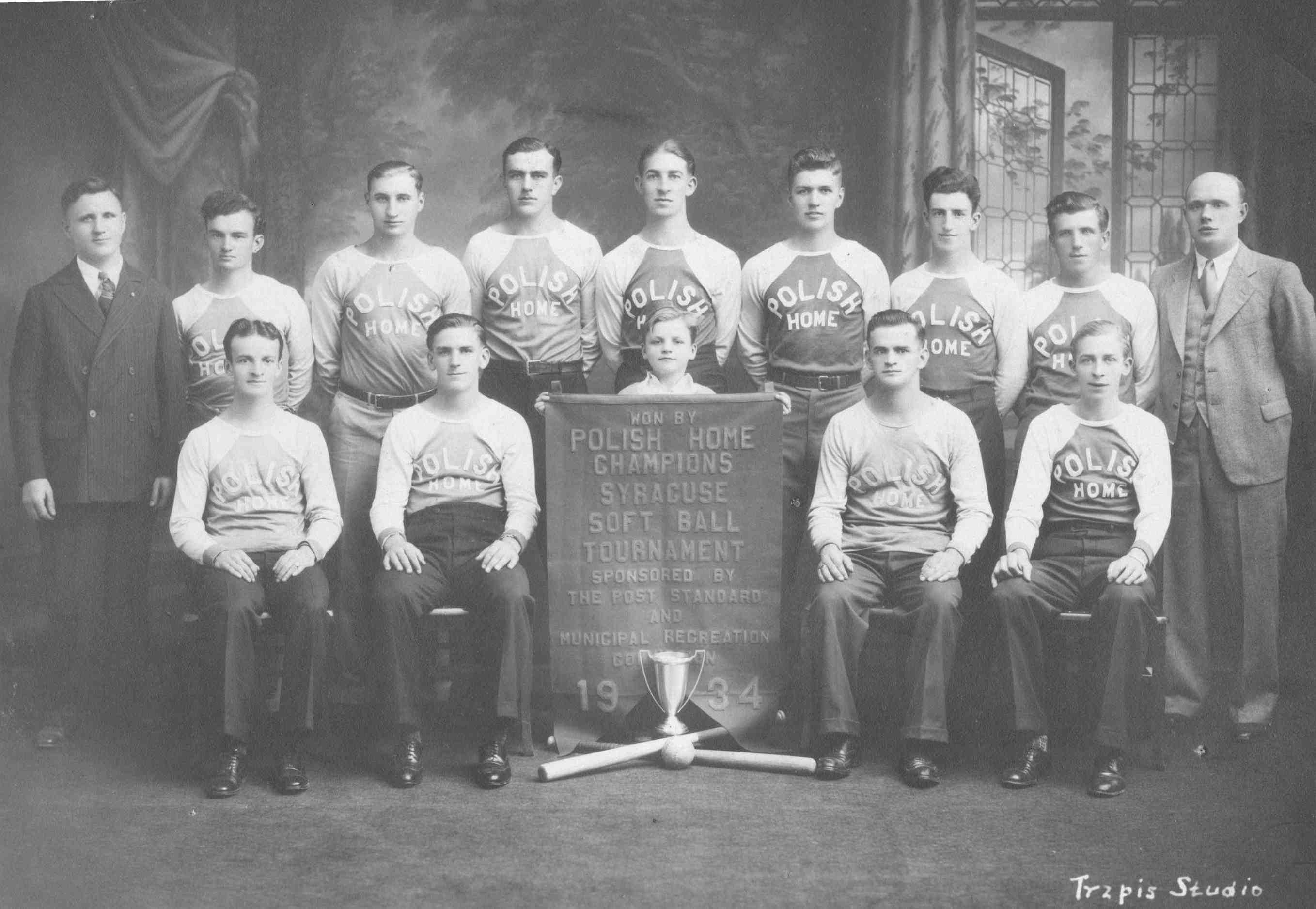 1934 Softball Team 0035